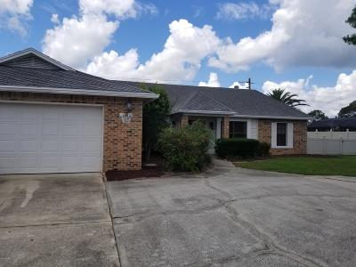 Daytona Beach Single Family Home For Sale: 813 Pelican Bay Drive