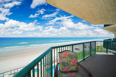 Daytona Beach Condo/Townhouse For Sale: 3315 S Atlantic Avenue #405