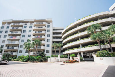 Daytona Beach Shores Condo/Townhouse For Sale: 3 Oceans West Boulevard #5D3