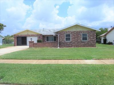 Daytona Beach Single Family Home For Sale: 220 Gettysburg Lane