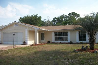 Palm Coast FL Single Family Home For Sale: $199,899