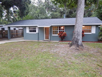 Holly Hill Single Family Home For Sale: 1133 Woodside Drive