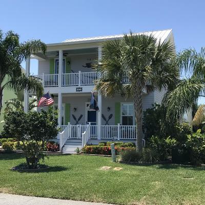 New Smyrna Beach Single Family Home For Sale: 461 N Causeway