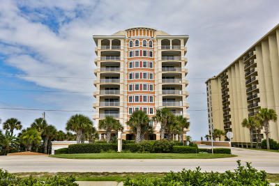 Ormond Beach Condo/Townhouse For Sale: 1425 Ocean Shore Boulevard #304