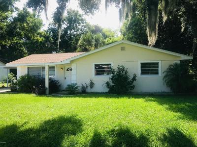 New Smyrna Beach Single Family Home For Sale: 450 Patricia Drive