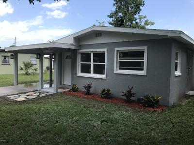 New Smyrna Beach Single Family Home For Sale: 2549 Crestwood Avenue