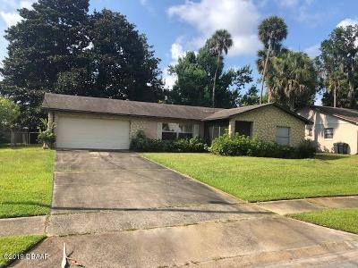 Ormond Beach Single Family Home For Sale: 40 Laurel Oaks Circle