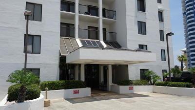Daytona Beach Shores Condo/Townhouse For Sale: 2615 S Atlantic Avenue #1E