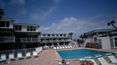 New Smyrna Beach Condo/Townhouse For Sale: 4849 Saxon Drive #205