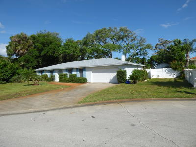 Ormond Beach Single Family Home For Sale: 35 Dresden Circle