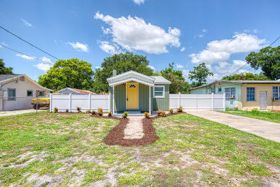 Holly Hill Single Family Home For Sale: 622 Virginia Avenue