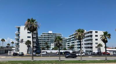 Daytona Beach Condo/Townhouse For Sale: 2727 N Atlantic Avenue #2010