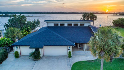 Ormond Beach Single Family Home For Sale: 2054 John Anderson Drive