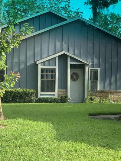 Pelican Bay Condo/Townhouse For Sale: 157 Bob White Court #1570