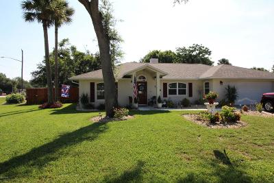 Edgewater Single Family Home For Sale: 1845 Queen Palm Drive