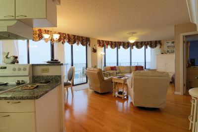 Ormond Beach Condo/Townhouse For Sale: 1295 Ocean Shore Boulevard #3040
