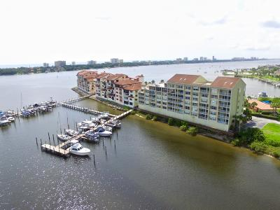Daytona Beach Condo/Townhouse For Sale: 543 Marina Point Drive #5430