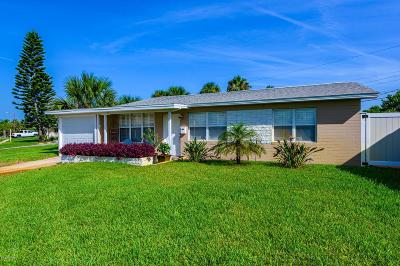 Ormond Beach Single Family Home For Sale: 22 Tropical Drive