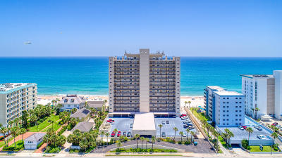 Ormond Beach Condo/Townhouse For Sale: 89 S Atlantic Avenue #R020