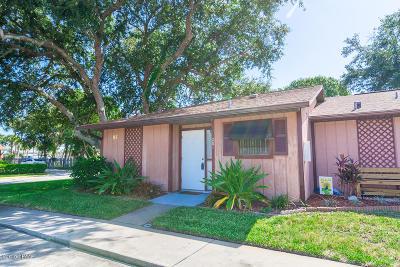 Daytona Beach Condo/Townhouse For Sale: 85 Fremont Avenue #201