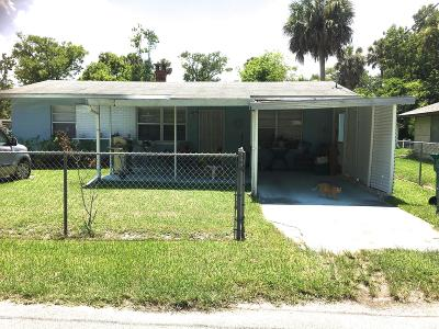 Holly Hill Single Family Home For Sale: 714 Caroline Avenue