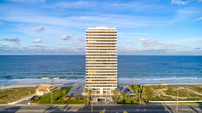 Daytona Beach Condo/Townhouse For Sale: 2200 N Atlantic Avenue #601