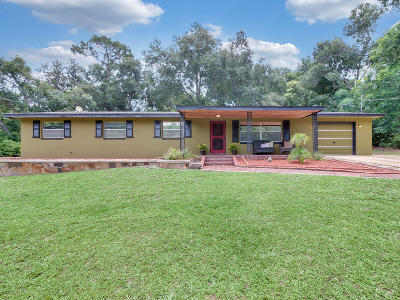 Debary Single Family Home For Sale: 223 Lago Vista Street