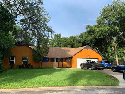 Trails Single Family Home For Sale: 8 Crooked Tree Trail