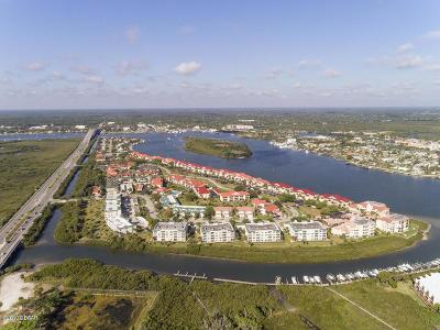 New Smyrna Beach Condo/Townhouse For Sale: 432 Bouchelle Drive #202