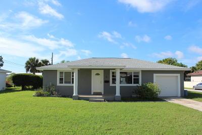 South Daytona Single Family Home For Sale: 2 Sandusky Road