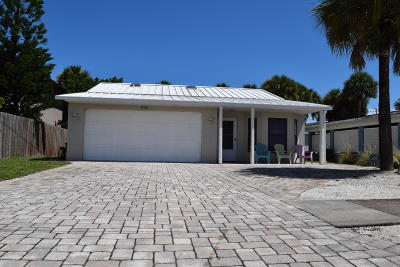 New Smyrna Beach Single Family Home For Sale: 216 Crawford Road