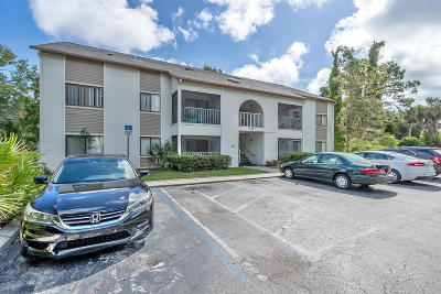 Port Orange Condo/Townhouse For Sale: 3509 Oak Trail Run