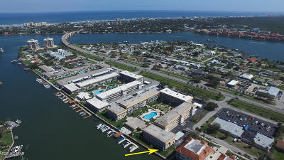 New Smyrna Beach Condo/Townhouse For Sale: 315 N Causeway #1010
