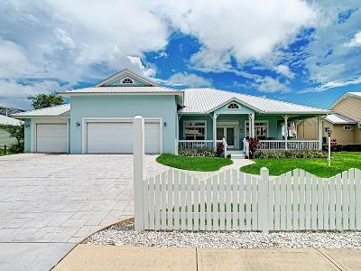 New Smyrna Beach Single Family Home For Sale: 2816 Bay Side Drive