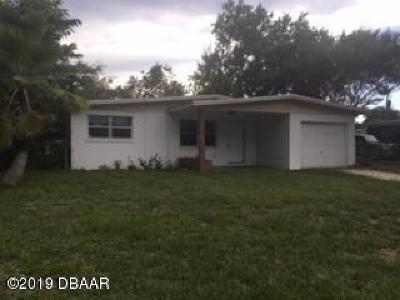 Daytona Beach Single Family Home For Sale: 1304 Imperial Drive