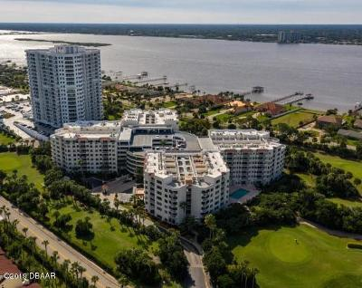 Daytona Beach Shores Condo/Townhouse For Sale: 3 Oceans West Boulevard #1D7