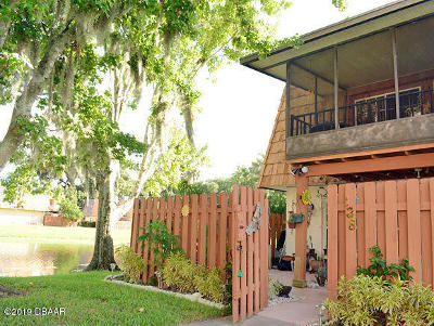 Volusia County Attached For Sale: 138 Moonstone Court