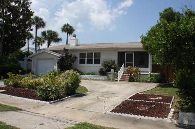 Daytona Beach Single Family Home For Sale: 323 Wisteria Road