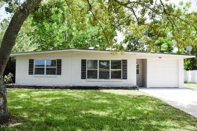 Edgewater Single Family Home For Sale: 1852 Evergreen Drive