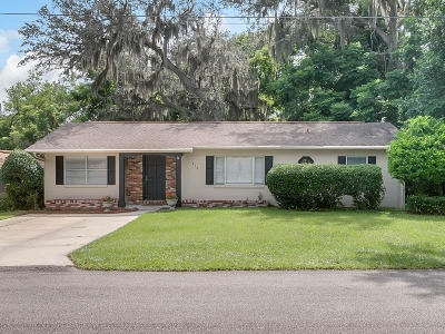 Deland  Single Family Home For Sale: 835 N Arlington Avenue