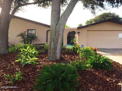 South Daytona Single Family Home For Sale: 139 Bellewood Avenue
