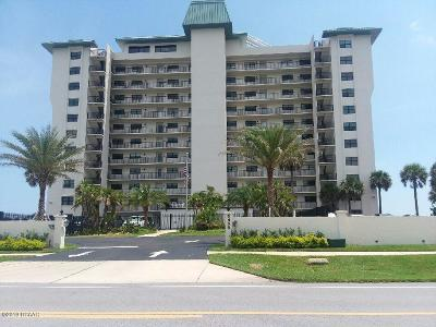 New Smyrna Beach Condo/Townhouse For Sale: 5499 S Atlantic Avenue #205