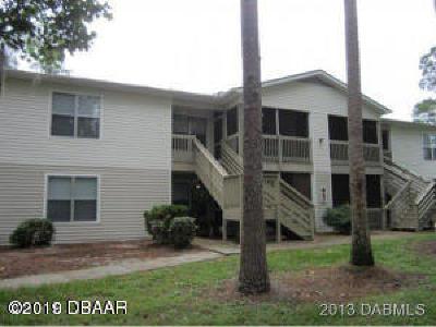 Daytona Beach Condo/Townhouse For Sale: 1600 Big Tree Road #I3