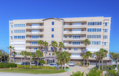 Ponce Inlet, South Daytona, Wilbur-by-the-sea Condo/Townhouse For Sale: 4767 S Atlantic Avenue #301
