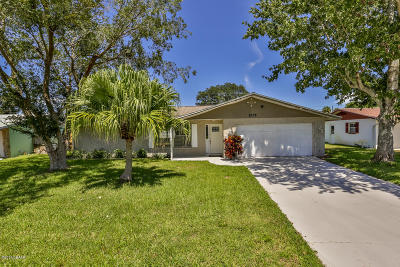 Daytona Beach Single Family Home For Sale: 1225 Peachtree Road