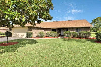 Spruce Creek Fly In Single Family Home For Sale: 1892 Seclusion Drive