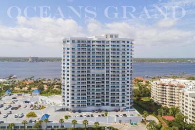 Daytona Beach Shores Condo/Townhouse For Sale: 2 Oceans West Boulevard #404