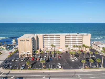 Daytona Beach Shores Condo/Townhouse For Sale: 3501 S Atlantic Avenue #215
