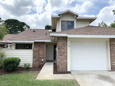 Volusia County Attached For Sale: 204 Surf Scooter Drive