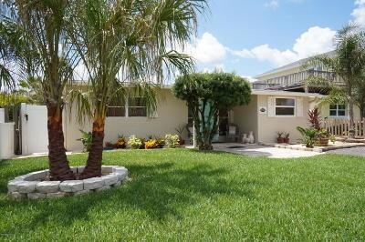New Smyrna Beach Single Family Home For Sale: 835 E 25th Avenue